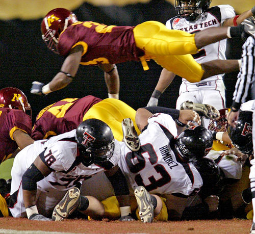 Minnesota's 2009 trip to the Insight Bowl didn't break the school's bank -- unless you count all the money administrators left on the table.