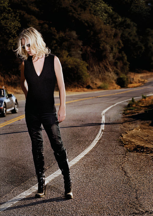 Shelby Lynne goes home.