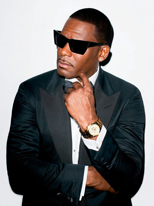 R. Kelly in his usual everyday attire.