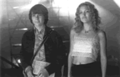 True believers: William Miller (Patrick Fugit) and Penny Lane (Kate Hudson) take a tall, cool drink of Stillwater.