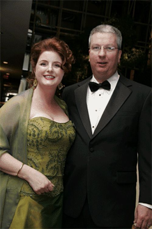 "Elizabeth Albanese with her ""rich husband,"" who actually declared bankruptcy in 2003."
