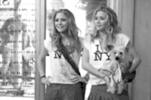 Mary-Kate and Ashley Olsen are just too cute for words in New York Minute.