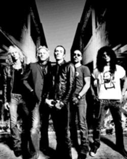 High karate: Members of Velvet Revolver trained in martial arts in order to kick their bad habits. Get it? Kick? Hoo, boy...
