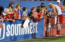 The moment he started getting minutes, Shea became a fan favorite. And he reciprocated by signing every autograph.