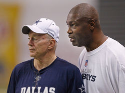 Charles Haley brought chaos to Jerry Jones&#039; field, and his locker room.