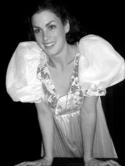Elise Reynard as Juliet