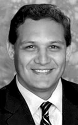 DISD trustee Edwin Flores