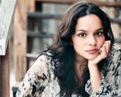 Go see Norah Jones cuz she's hot.