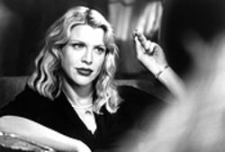 Courtney Love plays Joan, wife of Naked Lunch author William S. Burroughs, in Beat, par