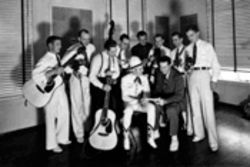 The &#039;boys from Burrus Mills with Gene Autrey in 1936