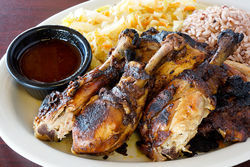 Island Spot&#039;s jerk chicken captures hints of paradise.