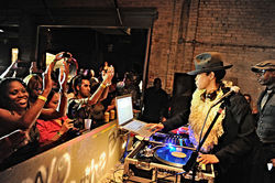 Erykah Badu and Talib Kweli are among the big names that know about the Prophet Bar jam sessions.