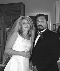 Ryan with her husband Jaime Quinonez, who pleaded guilty to willfully harming one of her many children.