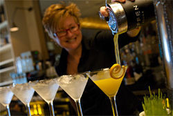 Star bartender Leann Berry adds a splash of action to Salum's placid room. Of course, the kitchen itself doesn't need a boost.