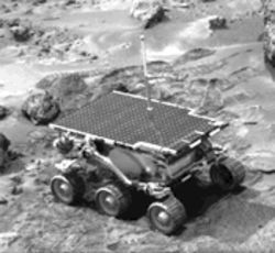 NASA image DIA-01122, image of the Mars Pathfinder rover, Sojourner.