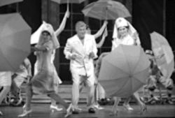 Tony Curtis is the star pony of a rotten acting rodeo in Dallas Summer Musicals' Some Like It Hot.
