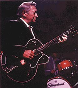 Scotty Moore, still one of the King&#039;s men 40 years later