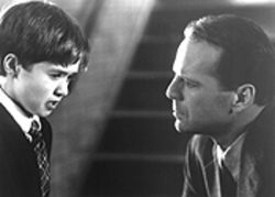The only thing truly scary in The Sixth Sense is Bruce Willis' Moonlighting toupee.