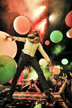 Wayne Coyne at KXT's Summer Cut.